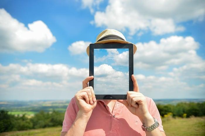 man-person-clouds-apple-2.jpg